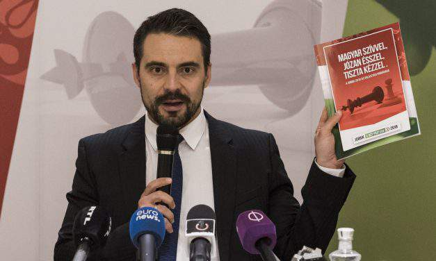 Jobbik's PM candidate Gábor Vona won the like-competition