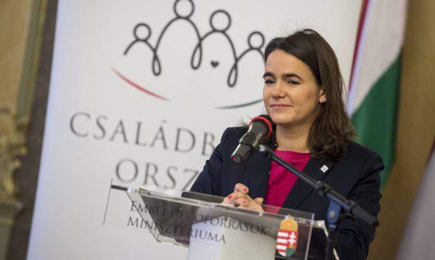 State secretary Novák receives highest French state award