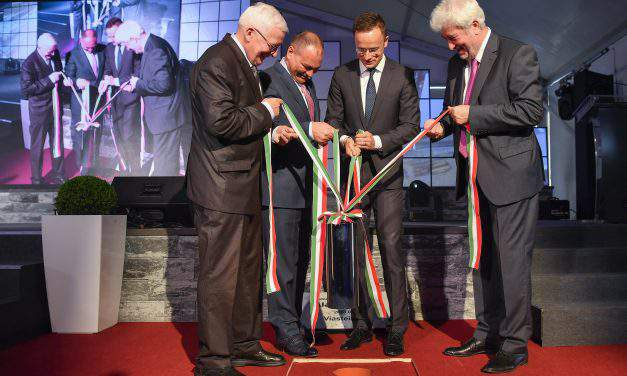 Hungarian FM: Hungary is Europe's most competitive investment zone