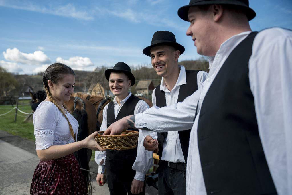 Cikó, Hungary – Traditional Easter, photo: MTI