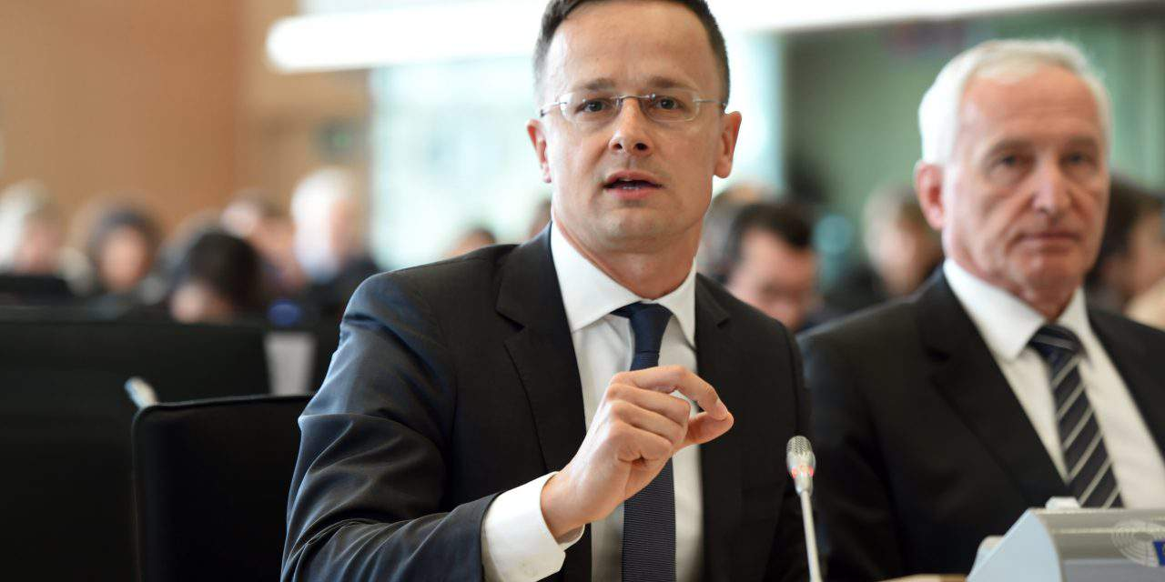 Hungarian FM: Hungary urges EU to speed Serbia, Montenegro accession procedure