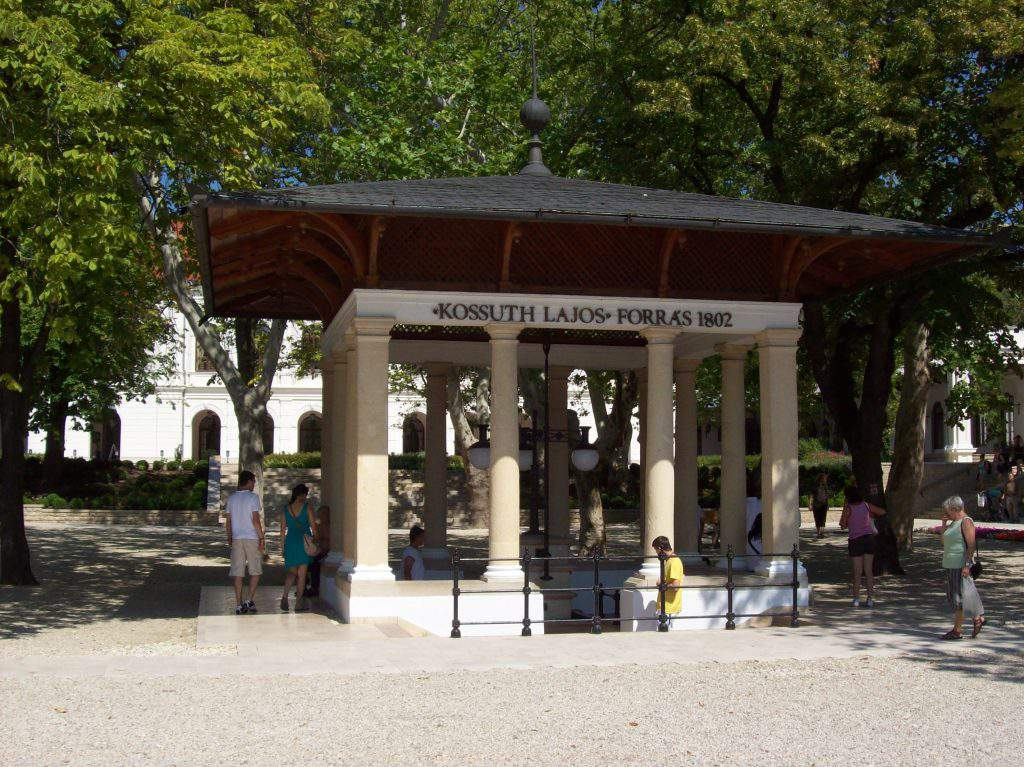 Balatonfüred Kossuth Lajos forrás drinking hall