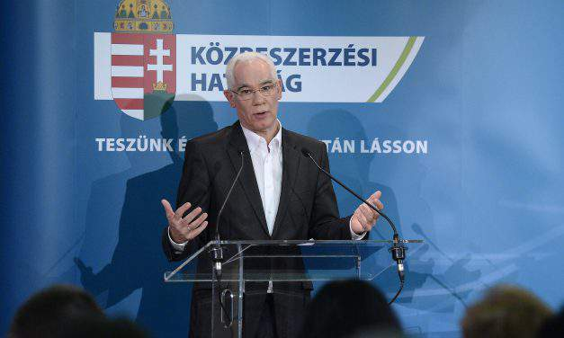 Human resources minister Balog resigns