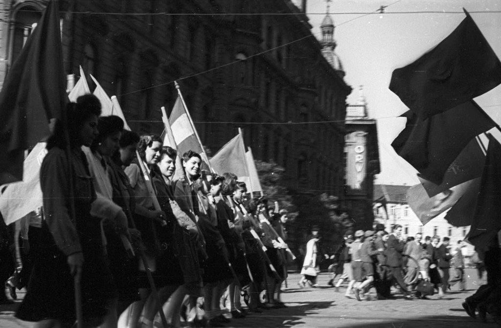 1 may worker socialist parade