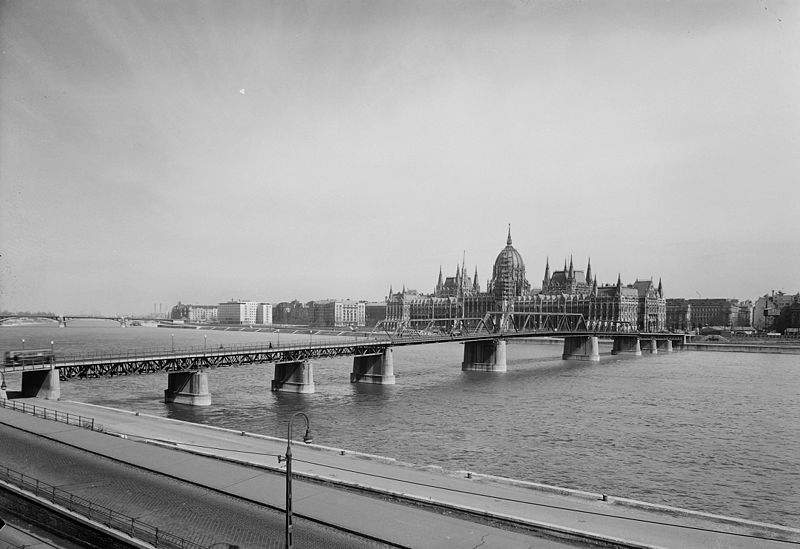 The forgotten bridge of Budapest