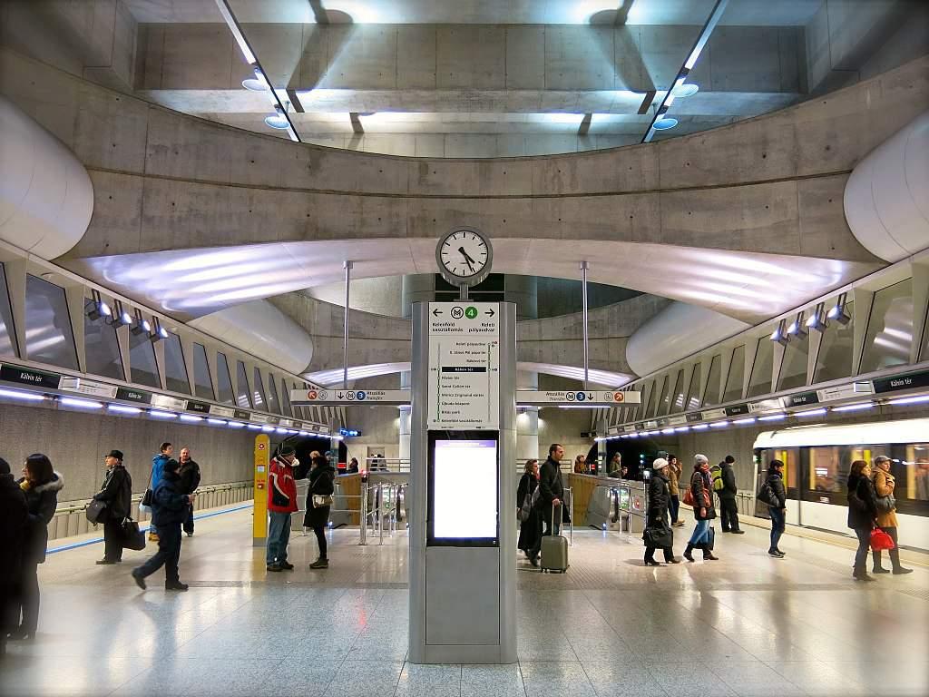 Kálvin tér M4 metró állomás metro station