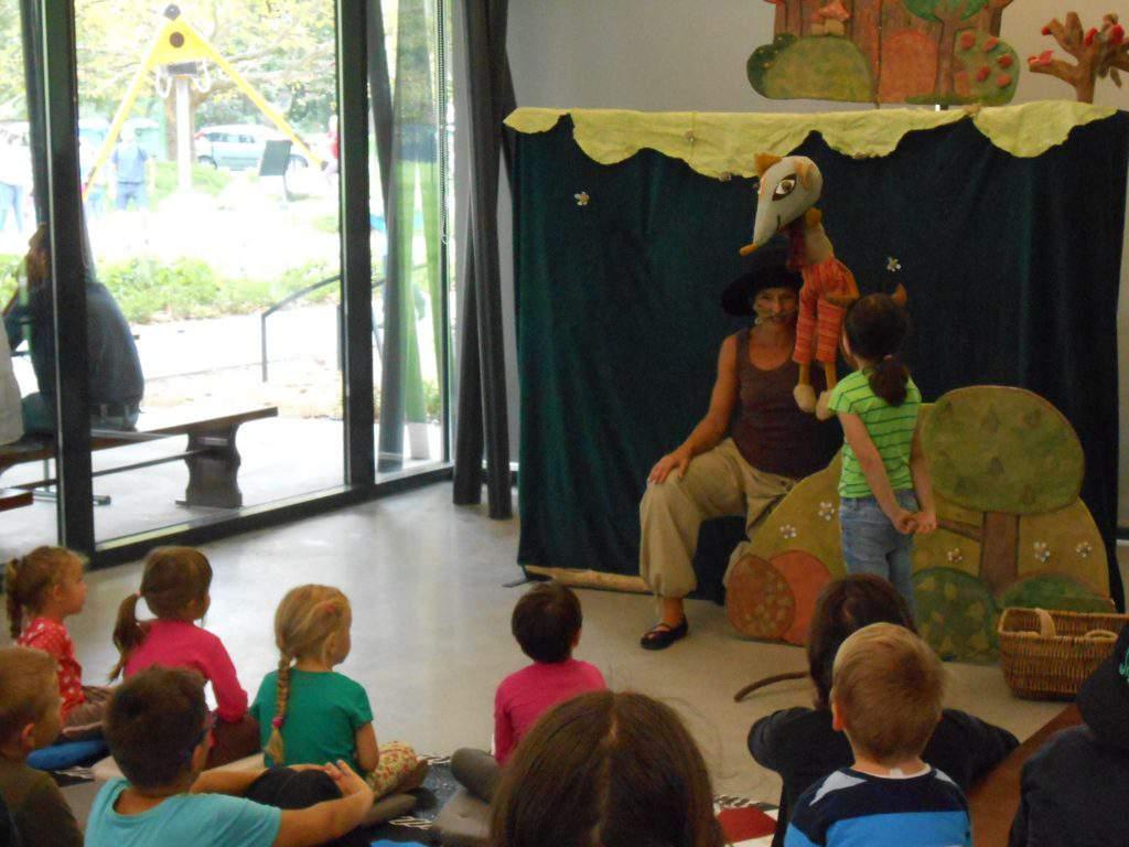 Székesfehérvár Koronás Park show puppet