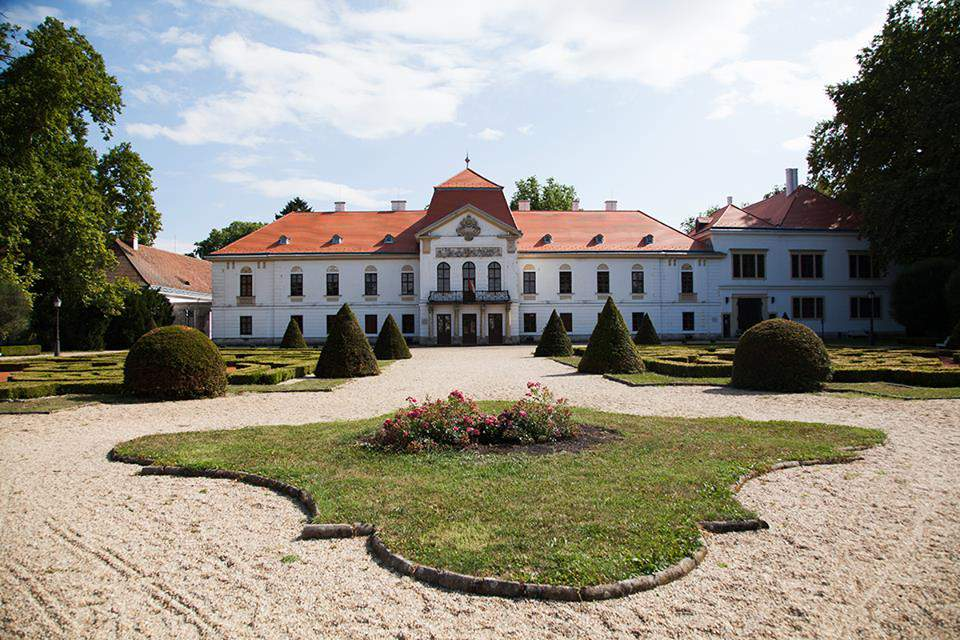 castle Széchenyi kastély