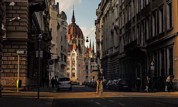 Explore Budapest on two wheels in one day