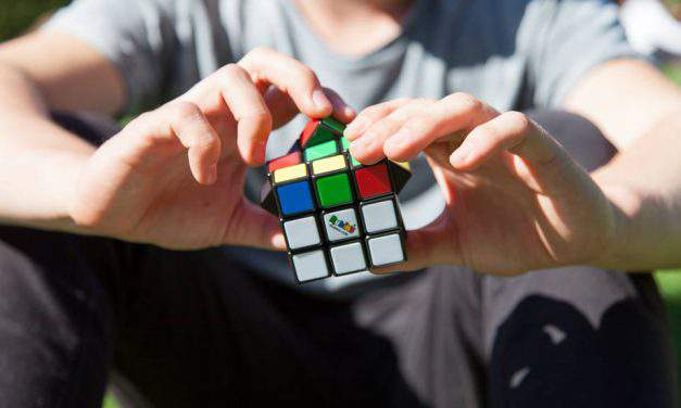 Sign up for the Rubik's Cube World Championship