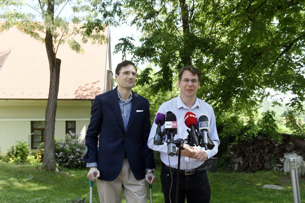 Jobbik MP Gyöngyösi MP Mirkóczki
