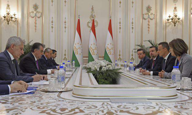 Hungarian FM calls on EU to support Central Asia anti-migration efforts in Tajikistan