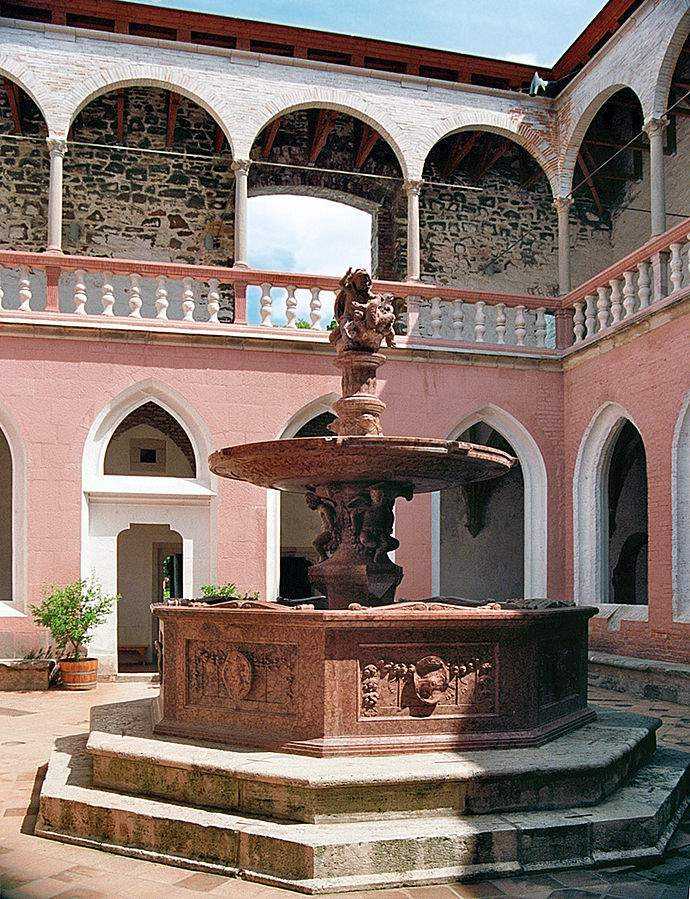 visegrádi palota