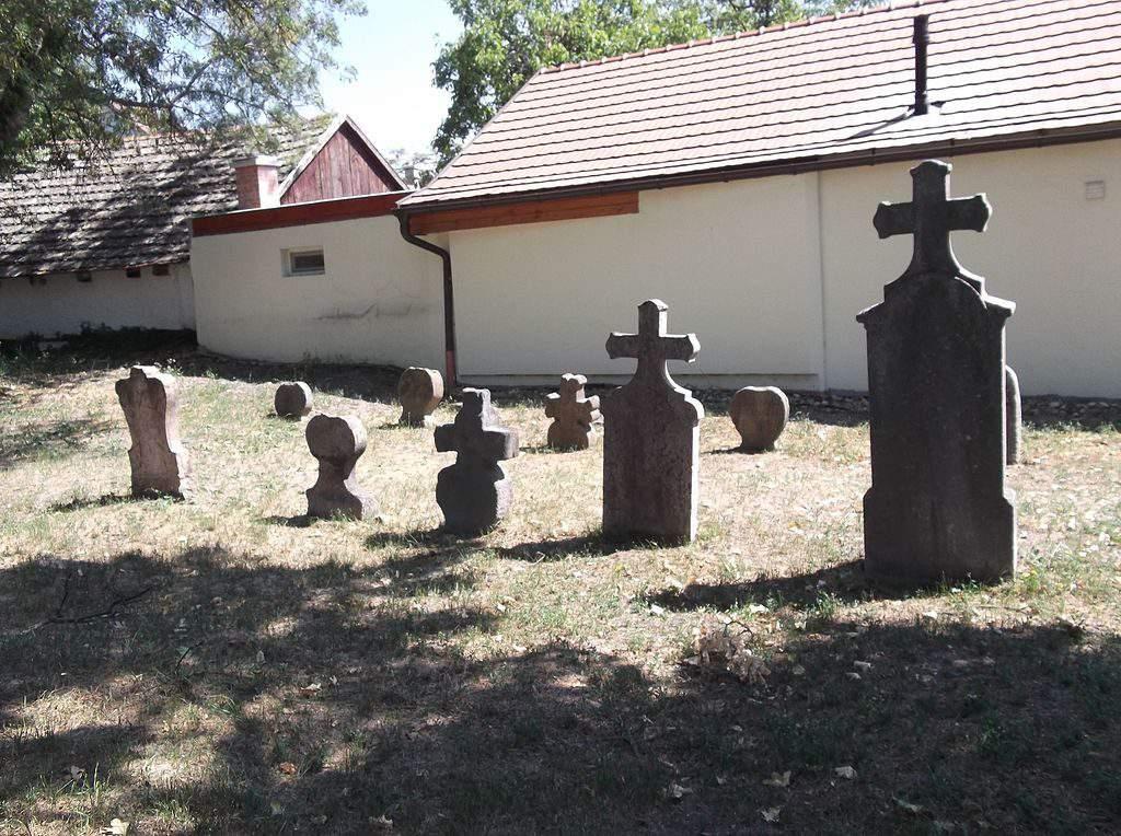 Martinovics street Serbian cemetery