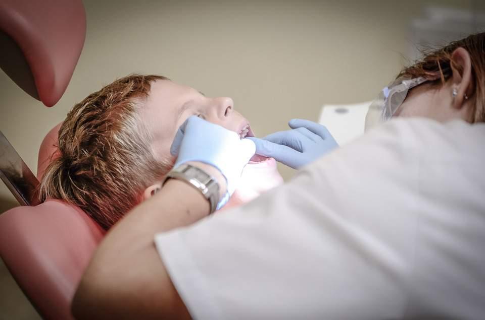 children's teeth, dentist, child