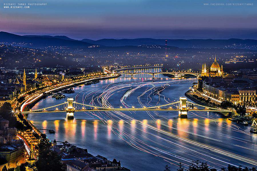 Budapest city lights tourism