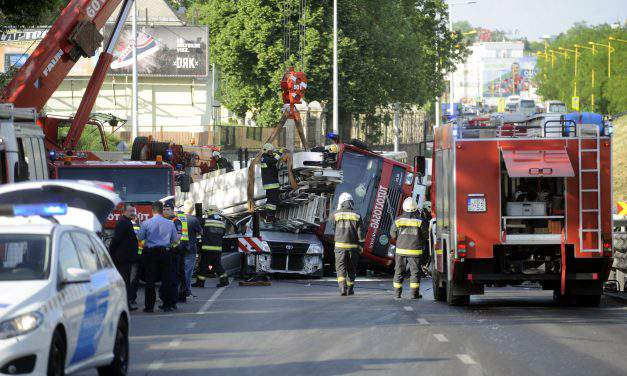 A Hungarian man died in a road accident caused by an overturned fire engine on duty