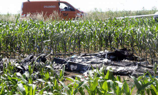 Two die in Southwest Hungary light aircraft crash