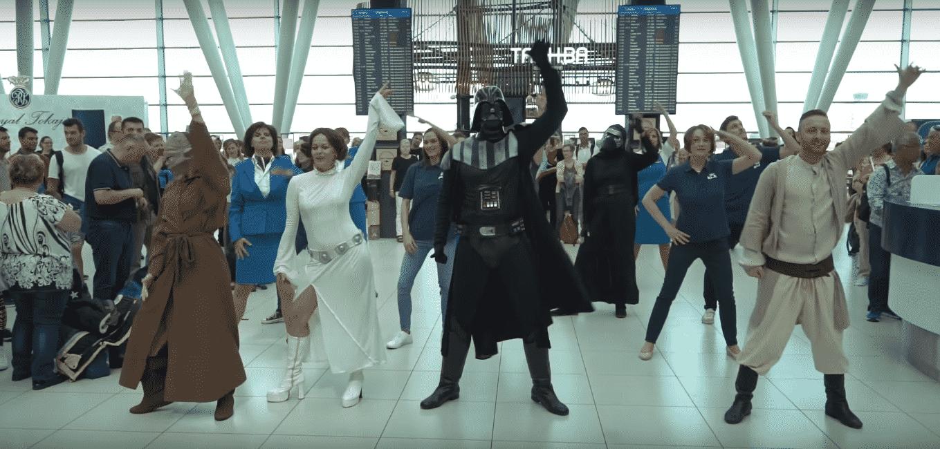 Star Wars flashmob Budapest Airport