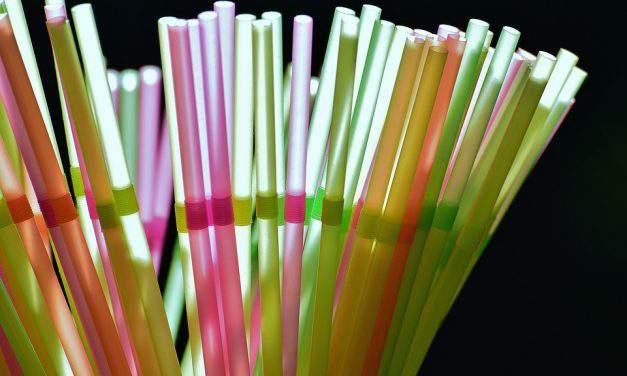 EU to ban plastic straws and coffee stirrers!