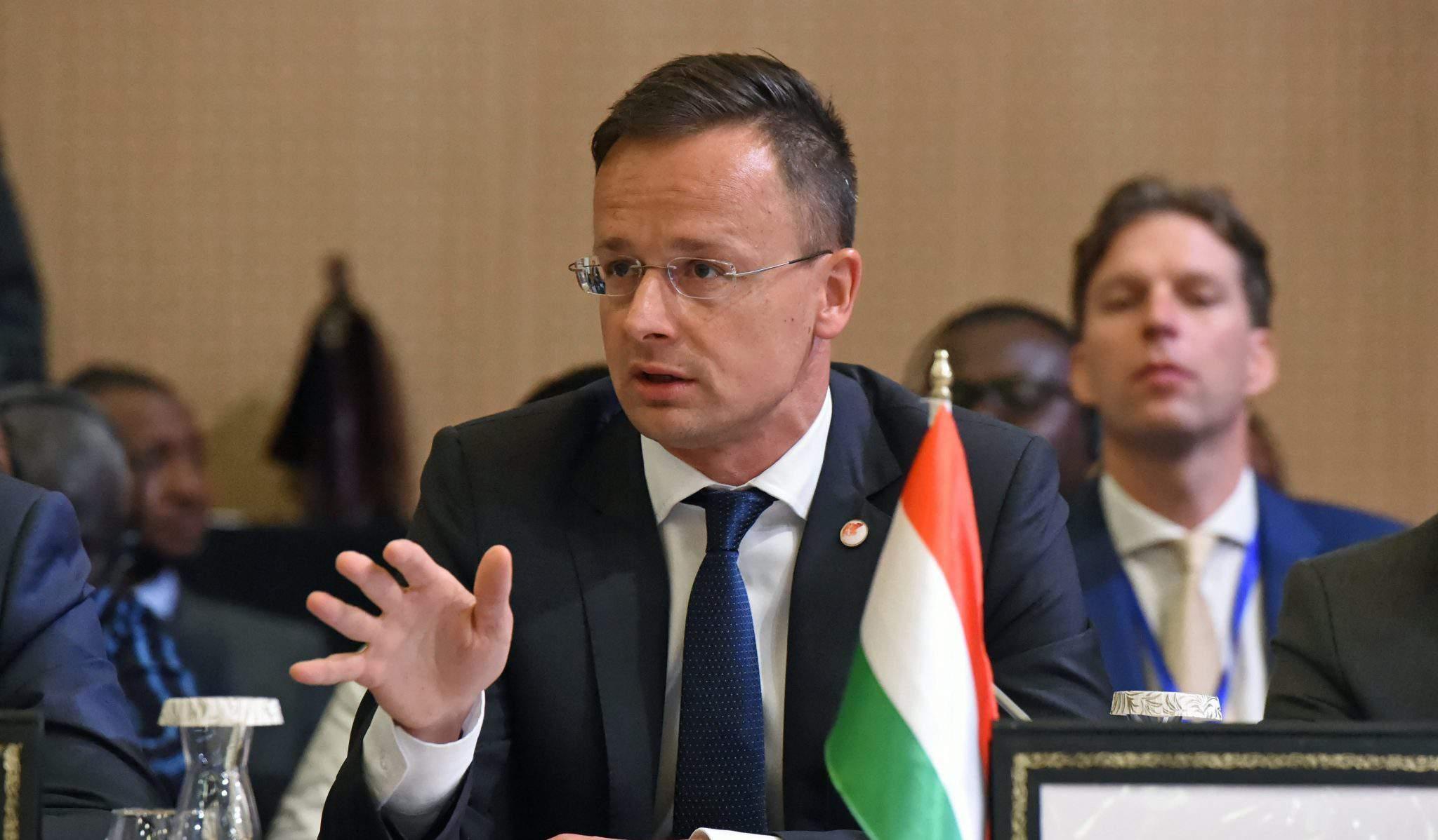 Foreign minister Szijjártó