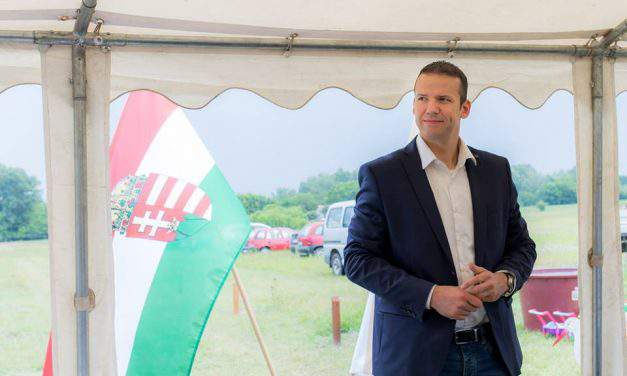 Toroczkai: Party leaders work to disintegrate Jobbik