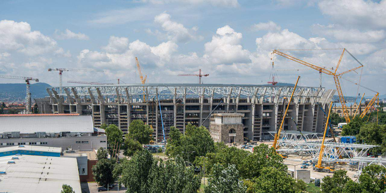 Hungary's construction sector output growth jumps