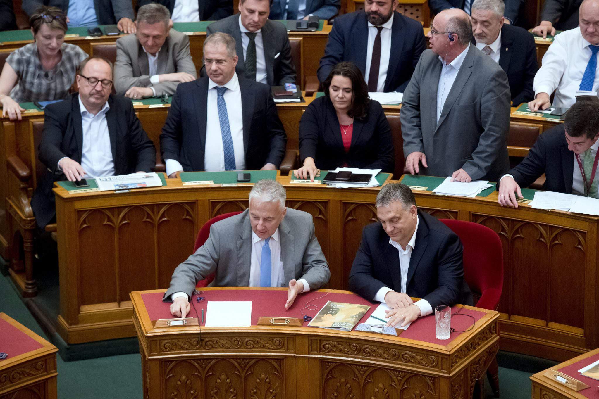 parliament Hungary Government