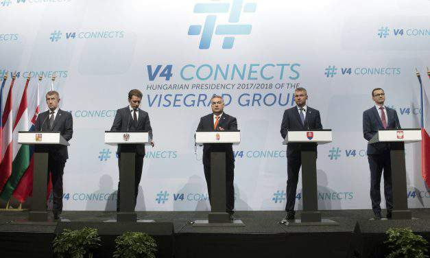 V4-plus-Austria summit: Europe must be able to protect its own borders, says Orbán