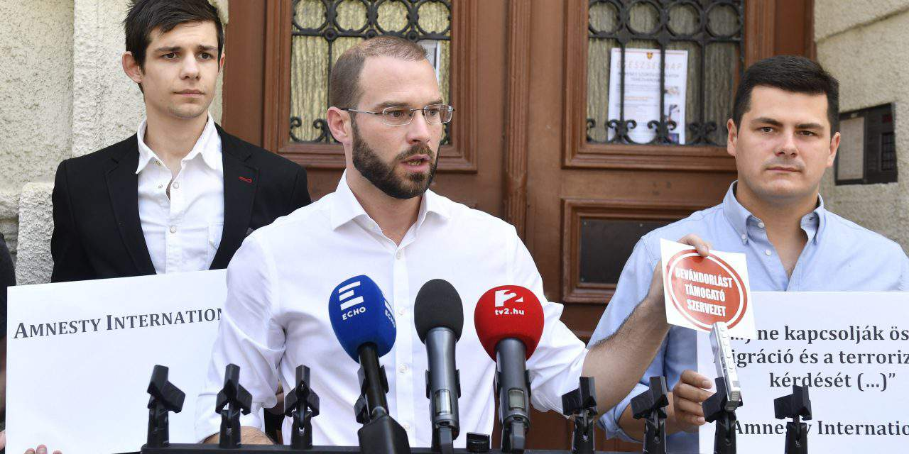 Christian Democrats: Hungary has won time, but political battle ongoing