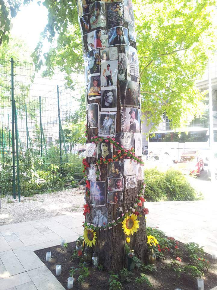 Michael Jackson tree