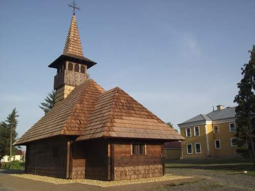 wooden church Mariapocs