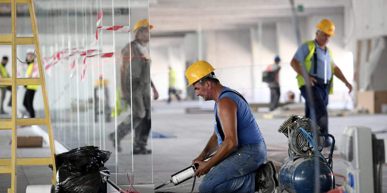 Hungarian labour market in extreme lack of workforce