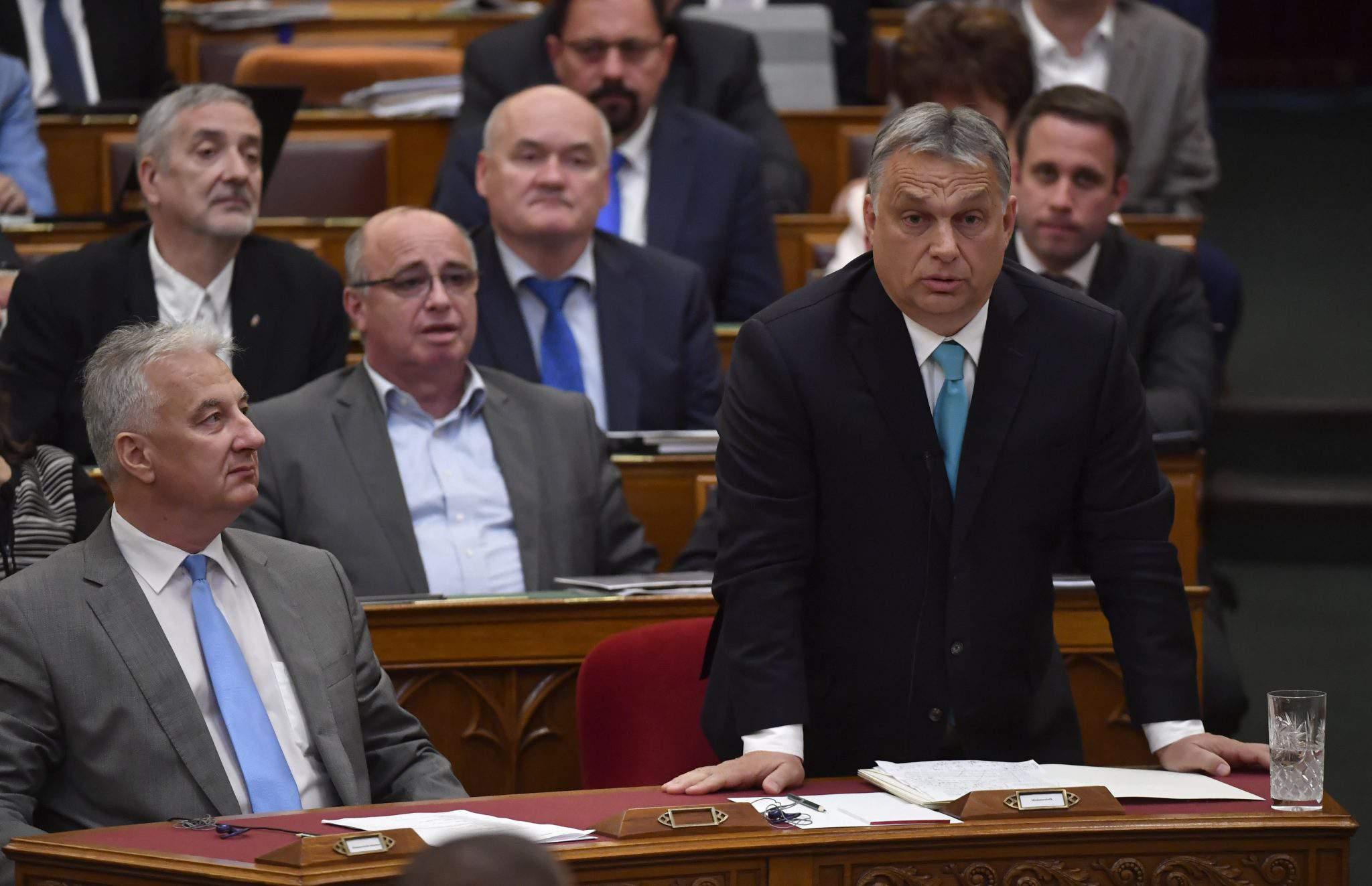 Viktor Orbán parliament