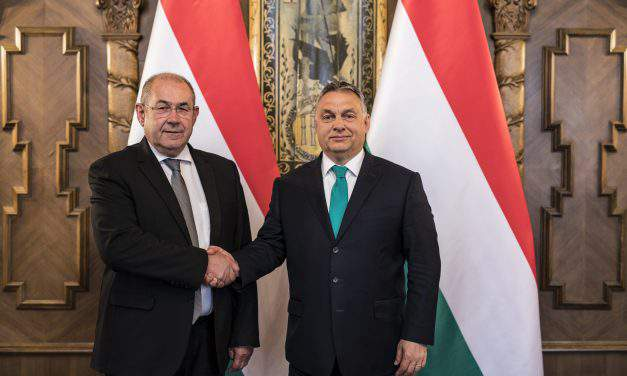 Viktor Orbán holds talks with Vojvodina Hungarians leader