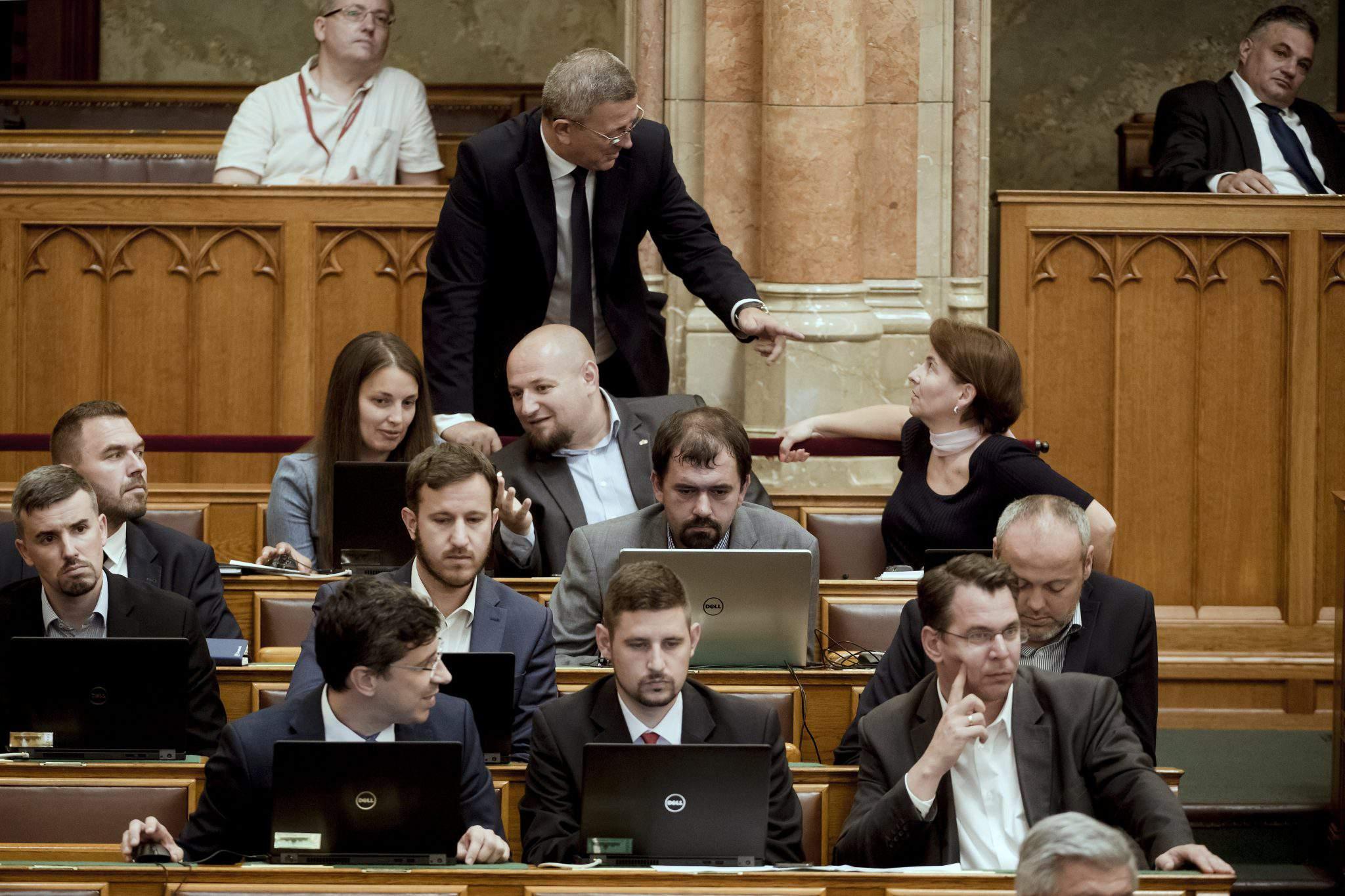Jobbik parliament