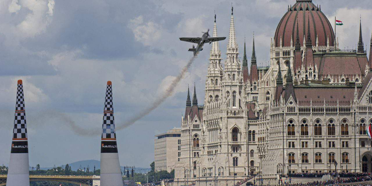 This is how the 2018 Red Bull Air Race went – Photo gallery