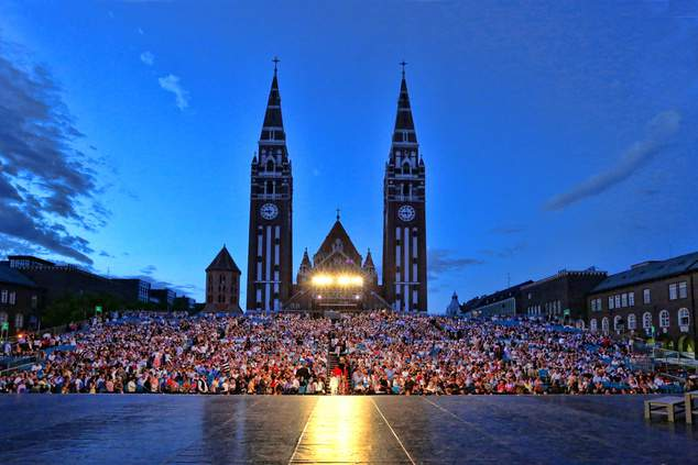 5 reasons to visit the Szeged Open-Air Festival