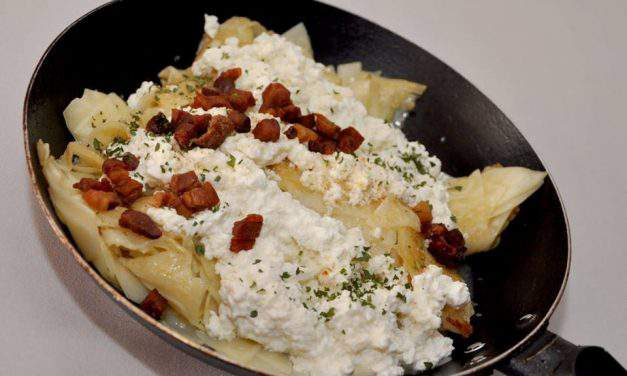 Recipe of the week: Hungarian cottage cheese pasta (túrós csusza)