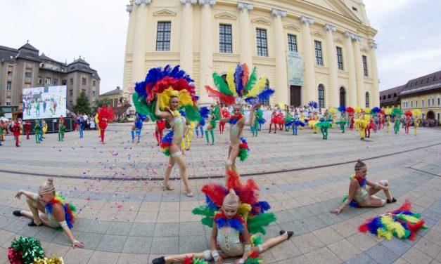 Flower parade starting soon in Debrecen