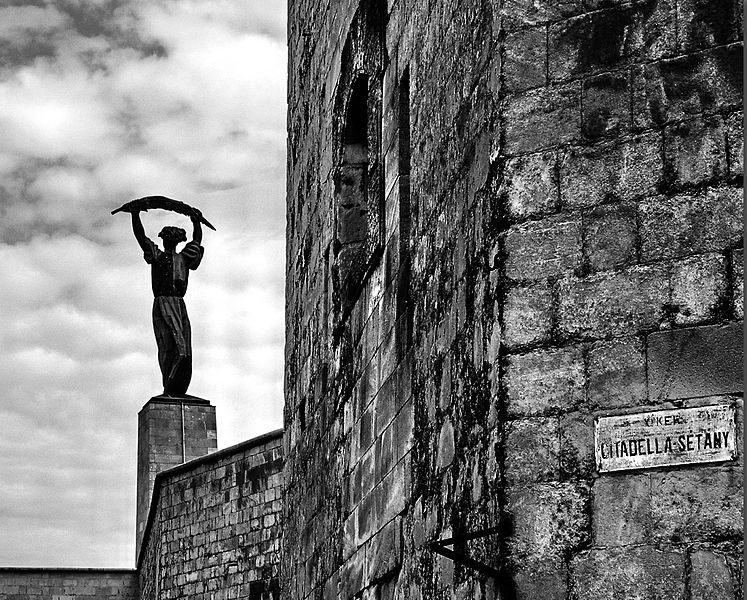 citadella szabadság szobor citadel liberty statue