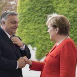 Orbán Merkel