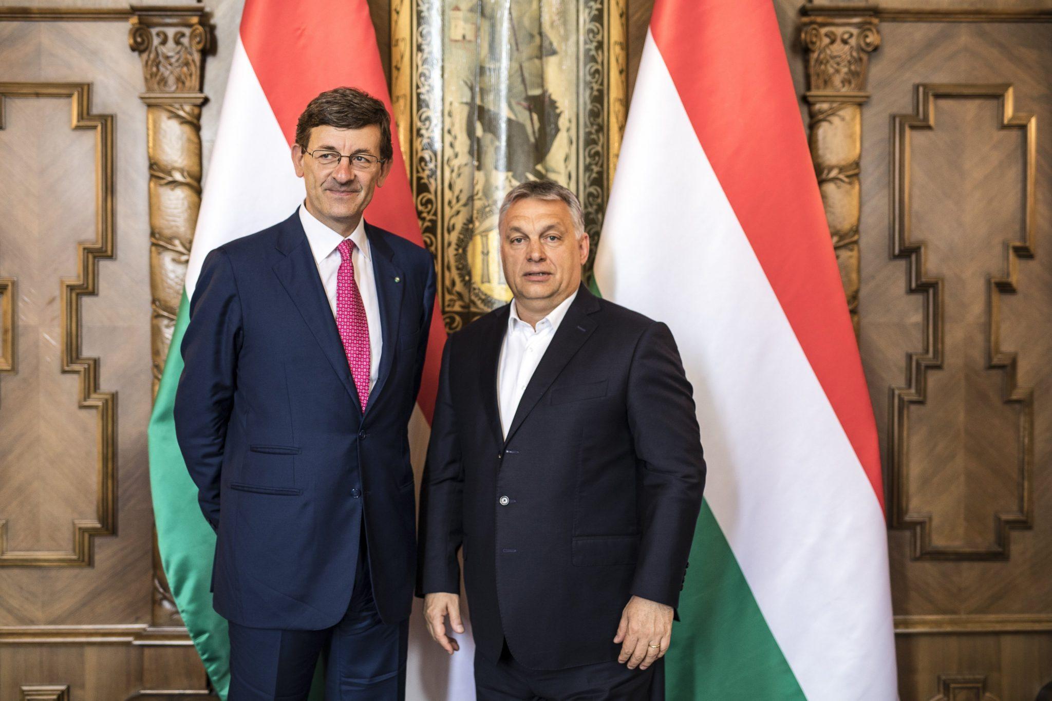 Viktor Orbán Vodafone