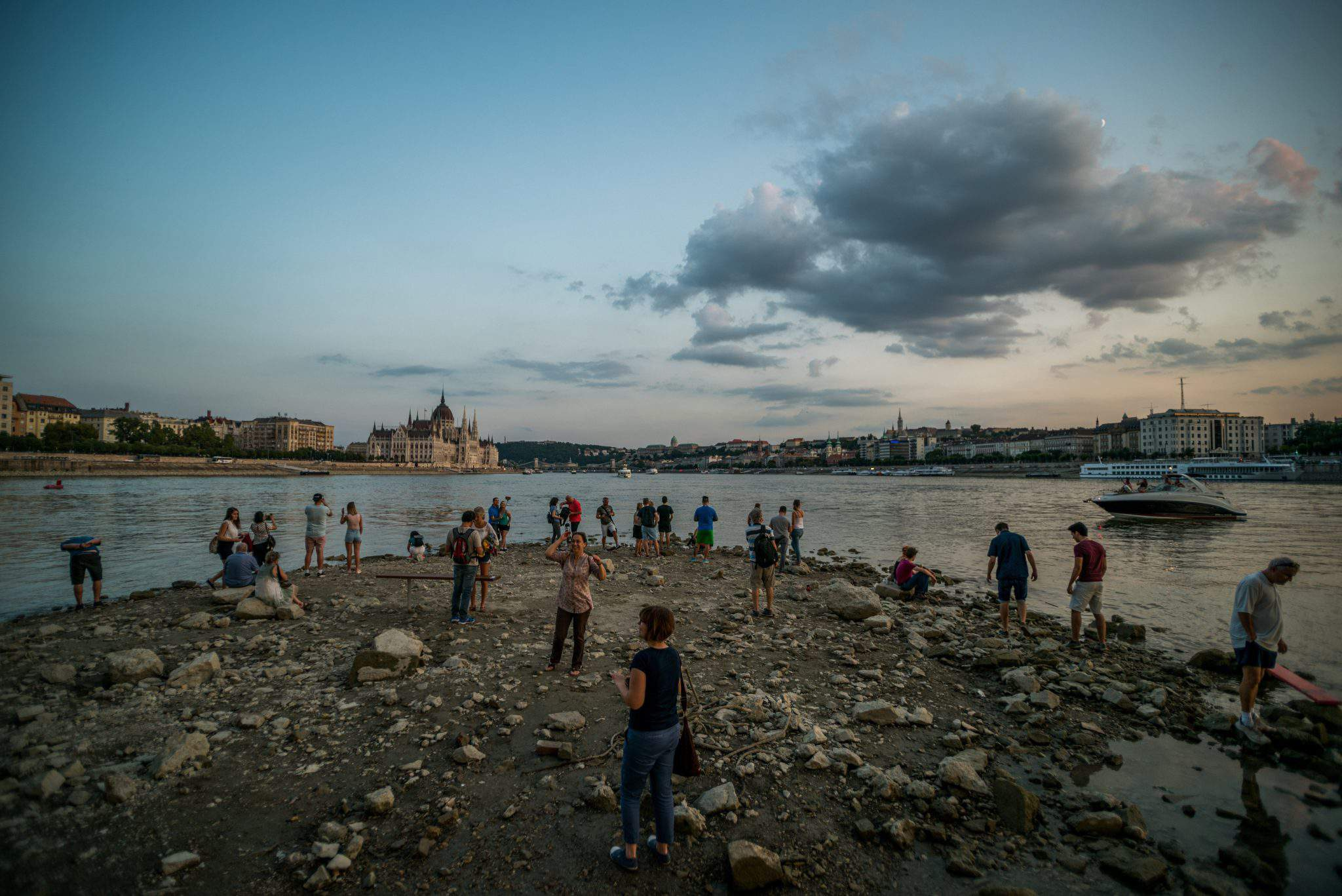 Lowest water levels recorded at several points on Danube