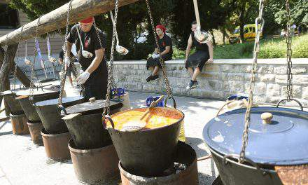 August 20 – Hungarian gastronomy festival attracts tens of thousands – PHOTOS