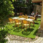 bar café outdoors garden sun