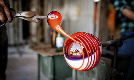 Glass blowing in the 21st century? Here is an original Hungarian glass blowing master