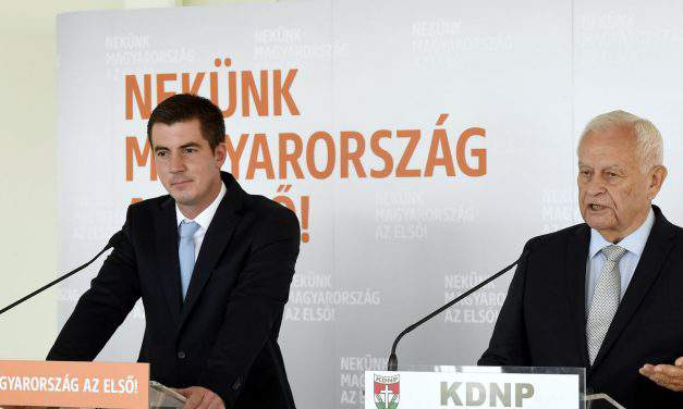 Hungarian ruling parties to submit draft resolution condemning Sargentini report to parliament
