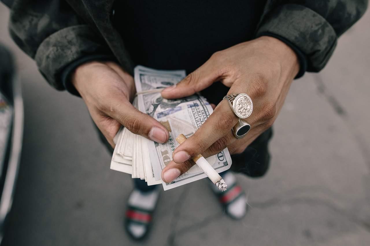 cigarette tobaco price cash
