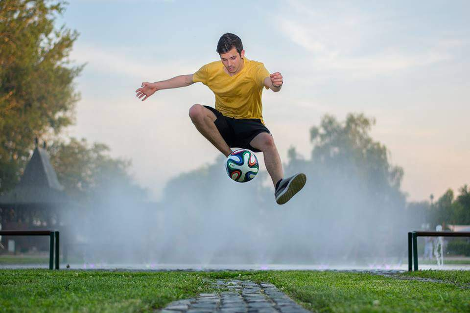 The Hungarian football freestyler who impressed Pelé